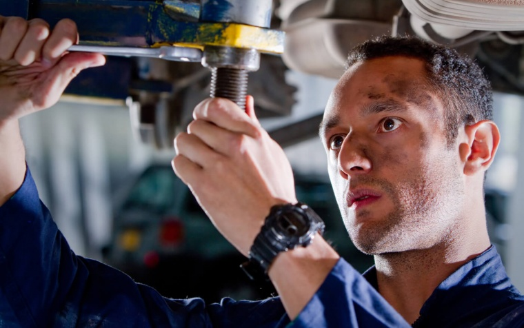 How An ASE-Certified Auto Repair Technician Can Bring You Peace Of Mind